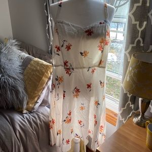Torrid white floral summer dress
